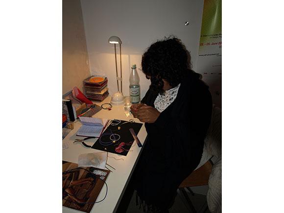anjali-bei-der-arbeit